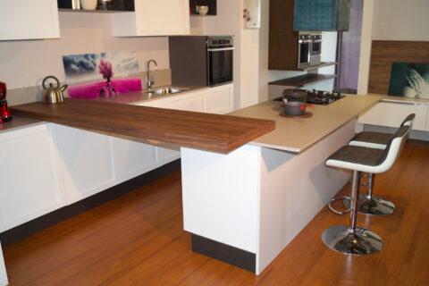 Cucina con Isola Essebi primula -41% / € 7.900